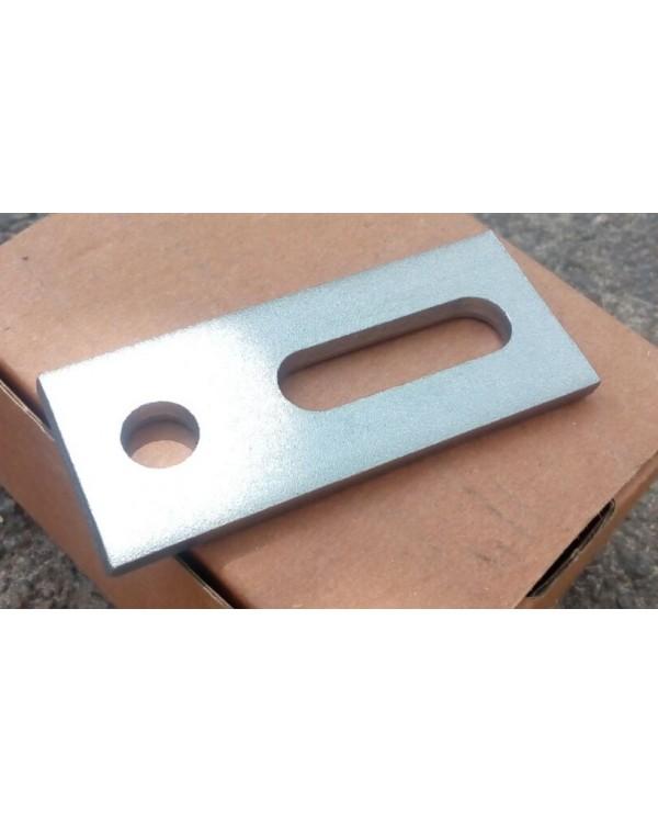 Комплект болт з металевою пластиною